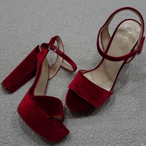 342e645105a2 New NINE WEST Red Velvet Platform Heel Sandal sz 8